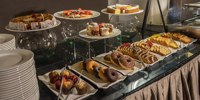 飲食店の集客方法イベントは集客の強い味方。スイーツ食べ放題イベント