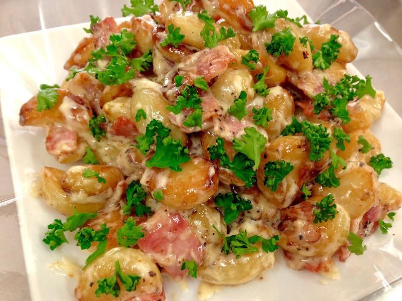 料理人がにんにく好きに贈る「にんにくのホットサラダ」至極のにんにく料理の簡単レシピ。